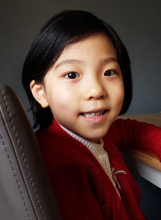 [칭찬 릴레이] 백혈병 친구 위해 긴머리 기부 예비 초등생