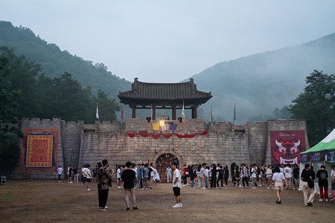문경 영화세트장 호러 축제…닷새간 관광객 2천여명 방문