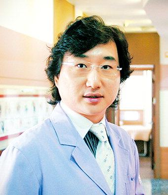 [민복기 원장의 피부톡톡] 일교차 큰 환절기에 심해지는 '안면홍조증'