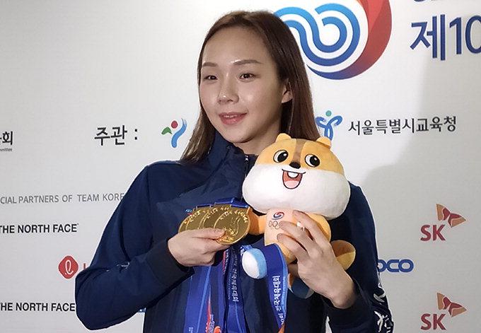 """'5관왕' 김서영, 대회 두 번째 MVP…""""도쿄올림픽서 내 기록 깰 것"""""""
