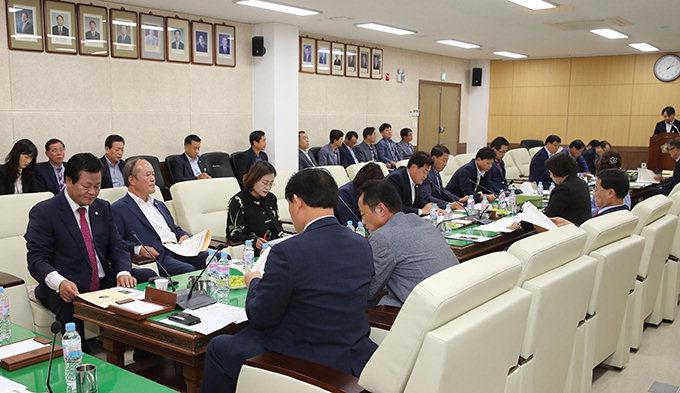 안동시의회, 의원전체간담회 열고 시정 현안 점검