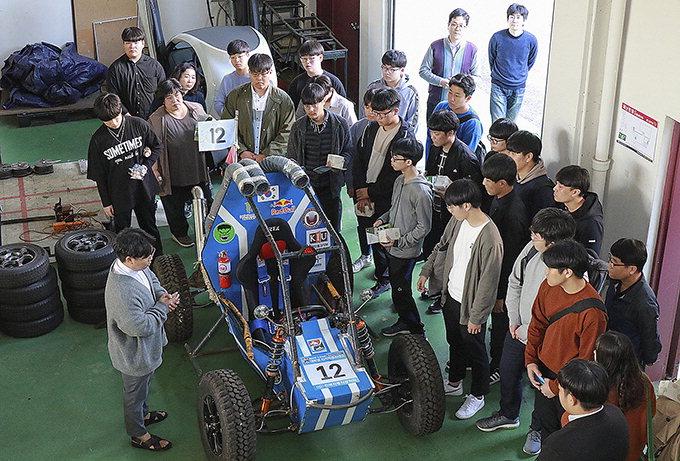 경일대 기계자동차학부, 고교생·학부모 100여명에 레벨3 자율주행車 선보여