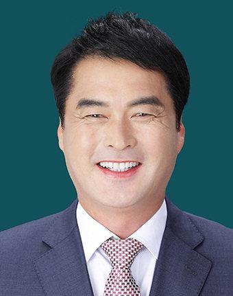 """박동교 봉화군의원, 한국당 입당 """"나라·지역발전 보탬위해 결심"""""""