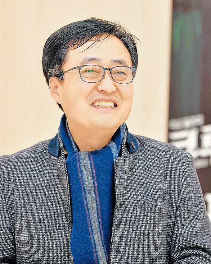 """""""마녀재판·매카시 광풍에 비춰본 2019 대한민국 자화상"""""""