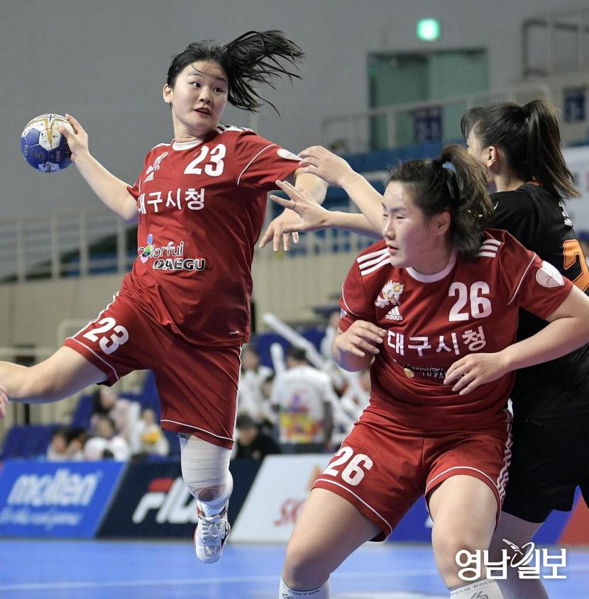 대구시청 여자핸드볼팀 컬러풀대구 김아영 11골 분전