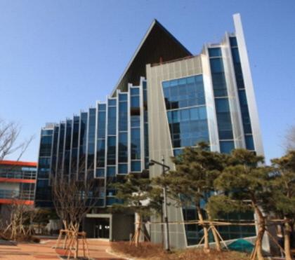 용학도서관