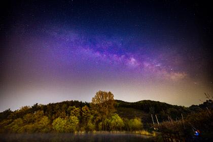 [동네뉴스] 사계절 아름다운 경산 반곡지...은하수와 별 사진 촬영장소로도 유명
