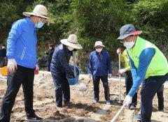 안동지역 기관단체, 코로나19와 저온피해 겪는 농가 돕기 나서