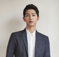 송중기, '영화'너와 나의 계절' 하차 왜?