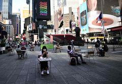 [포토뉴스] 뉴욕 타임스퀘어서도 '거리두기'