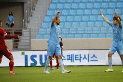 대구FC, 2경기 만에 연패 탈출…난적 부산 아이파크에 3-0 승