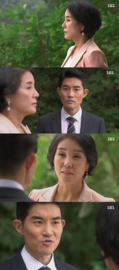 '엄마가 바람났다' 김영훈 정체 안 양금석, 협박 안통하자 차로 쳐…현쥬니 괴롭히며 웃는 문보령