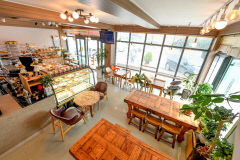 [포항 12경 둘레 맛 기행] 명인의 손길이 느껴지는 베이커리 카페 '청하 엘마론'