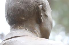 청남대 전두환 동상 목 줄톱에 훼손…50대 현행범 체포