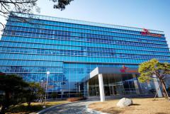 SK머티리얼즈, 일본 종합화학회사 JNC사와 합작해 OLED 소재 산업 진출