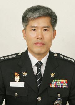[프로필] 이근우 영천경찰서장