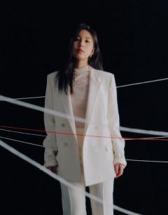 싱어송라이터 권진아, 새 미니앨범 '우리의 방식'…전곡 자작곡