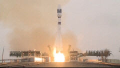 한국 차세대 중형위성 1호 궤도 안착 'K 위성시대 신호탄'