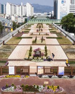[포토] 대구 동구 신천동 '소공원' 경부고속鐵 복개구간
