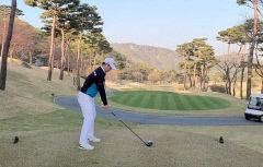 [강경남 프로의 '골프 테라피' .17] 올바른 백스윙 만들기
