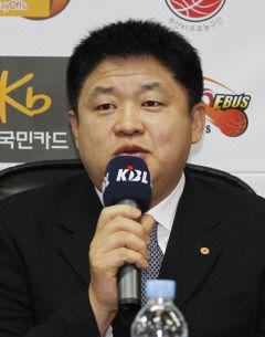 '승부조작 제명' 강동희 KBL, 복권여부 재심의