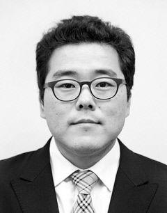 [하프타임] 대경첨복재단 이사장의 '자격'