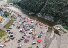 [포토뉴스] 캠핑객들로 붐비는 경주 산내계곡