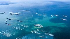 경북 포항 영일만서 해병대 주관 첫 국군의 날 행사...'피스메이커' 박진감 넘치는 합동상륙작전