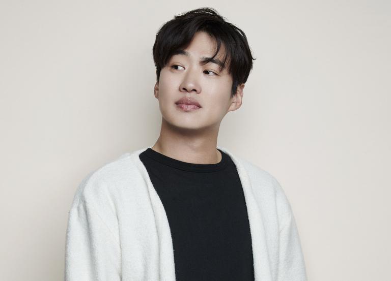 [시네 토크] '해치지않아' 안재홍