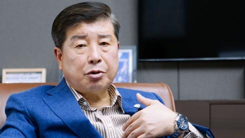 [이영란의 스위치] GA 업계 첫 코스피 상장 앞둔 `에이플러스에셋` 곽근호 회장
