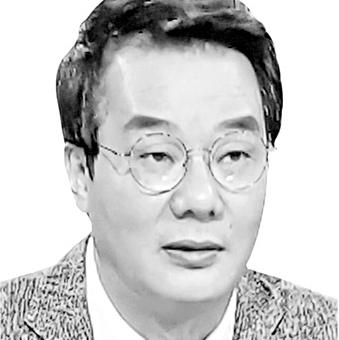 윤석열과 이성윤, 누가 더 정치...